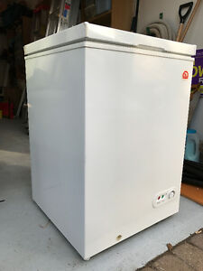 Igloo 3.6 Cubic Ft. Chest Freezer