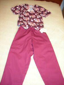 Women's New DENVER HAYES SCRIB SET with Tags Attached -SIZE 6-8