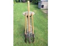 Vintage Hedge Slasher 4ft with wooden handle
