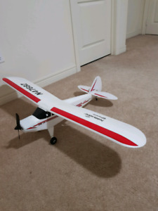 Remote control RC Airplane (ONLY USED ONCE)