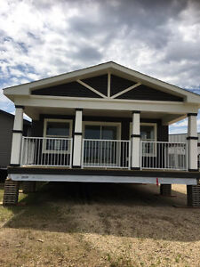 CUSTOM COTTAGES AND MODULAR HOMES