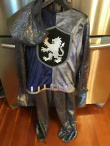 child's size 8/10 knights costume