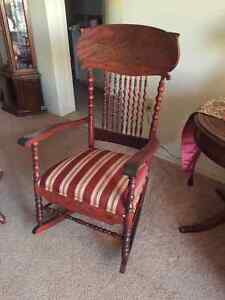 Rocking chair in perfect condition London Ontario image 1