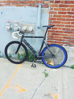 THRONE Fixed Gear Bike - 950$