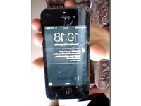 Broken iPhone 4s - damaged screen and unresponsive touch screen