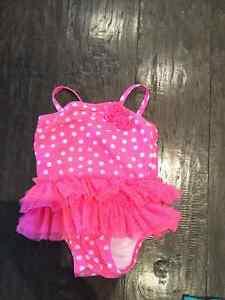 Baby girl clothing Belleville Belleville Area image 4