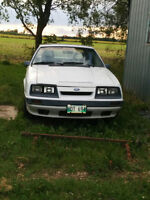 1985 Ford Mustang Coupe (2 door)