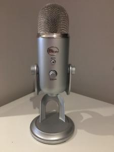 Blue Yeti Professional USB Mic Silver Edition