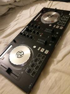 Numark Mixtrack Pro 3 NEW
