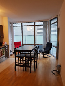 $2560 / 2br - Furnished Bay/College Condo Sublet (2 Bed 2 Bath)