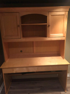 Solid pine desk and hutch
