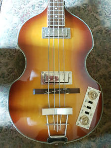 Hollowbody Electric Bass Guitar --- Made in England