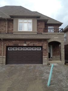 Home for Rent (North of QEW by the lake)