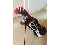 Full set of Taylor Made, Titleist and Mizuno clubs with bag
