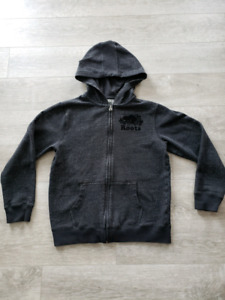 XXL kids Roots hoodie in excellent used condition
