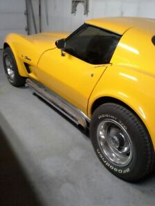 1977 Corvette with only 1,134 km after Restoration $26,000.00