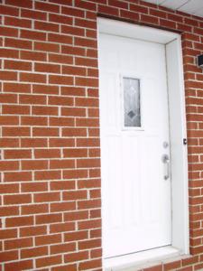 Porte  d'acier extérieur  blanche 34'' X 79''