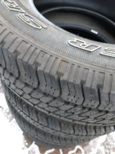 Nice summer tires wrangler 235/70R16