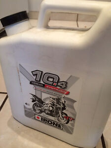 Huile moteur Moto ipone 10w40 synthetic  4L  neuf / new