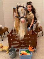 Barbie horse and Grooming Stable with Dog, Doll and Horses