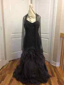 formal gown / robe formelle