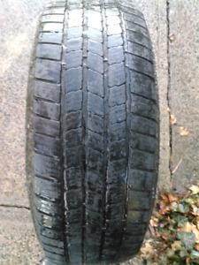 245 75 R 16 Michelin tire and rim