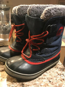 Sorel boots size 1 youth - blue