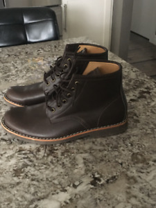 Men's Roots Leather boots size 9