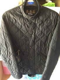 Like new BARBOUR quilted Chelsea black jacket teenager/small ladies