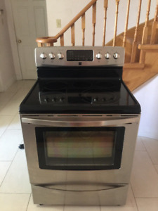 Kenmore Stainless Steel glass top Convection oven stove