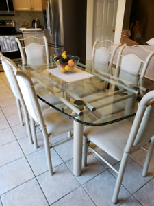 Kitchen/Dining Set with China Cabinet