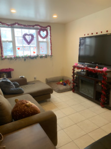 1 Bedroom Available in 3 Bedroom House