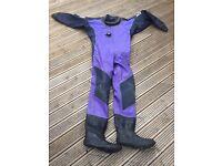 Divers drysuit and undersuit