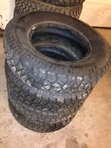 4-Goodyear workhorse 225/75/16 like new Peterborough Peterborough Area image 3