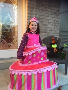 3 layer cake girls Halloween costumes $10 each