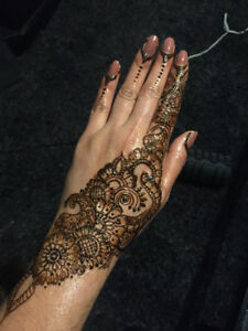 HENNA FOR WEDDINGS/PARTY AND TEMPORARY TATTOO