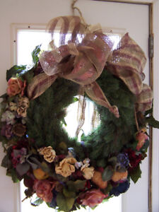 Victorian Style Christmas Wreath