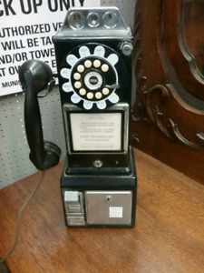 Reproduction pay phone P401