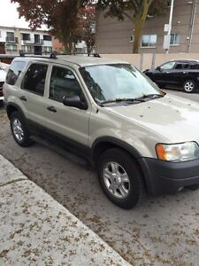 FORD ESCAPE XLT 2004