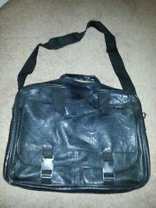 Buxton Leather Lap Top Bag