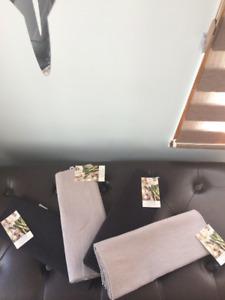 CUISINE 4 piece Placemat Set/  Napperon (NEW) Black/ Grey