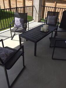 Gluckstein modern patio set