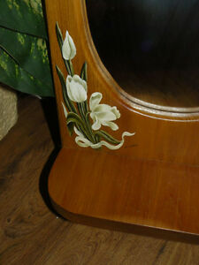 ✿ Tole painted white tulips on wooden mirror with shelf ✿