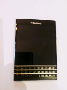 BlackBerry Passport UNLOCKED all carriers incl Freedom Mobile