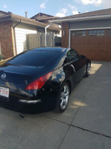 Nissan 350Z Mint Condition Inside and Out