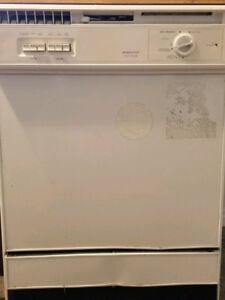 Moffat Platinum Dishwasher
