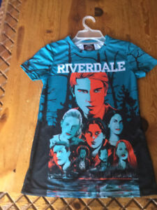 Beautiful shirt from the tv show 'RIVERDALE'