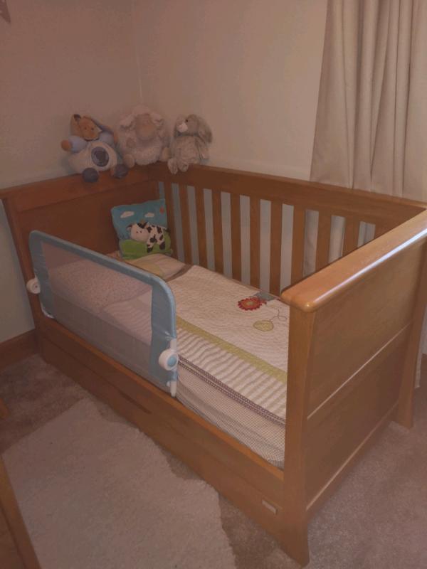Mamas And Papas Ocean Nursery Furniture Set In Dalry