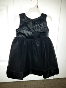 Christmas Black sparkly dress size 4