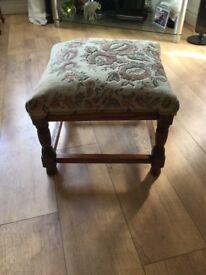 Oak foot stool,